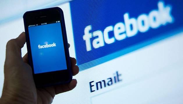 La aplicación de Facebook para móviles no tiene sitio para la publicidad