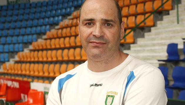 Aitor Etxaburu, entrenador de Anaitasuna