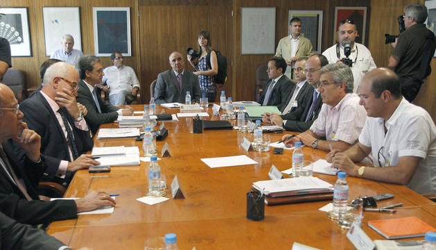 Reunión de la patronal carbón, sindicatos y Ministerio de Industria para tratar la situación de la minería.