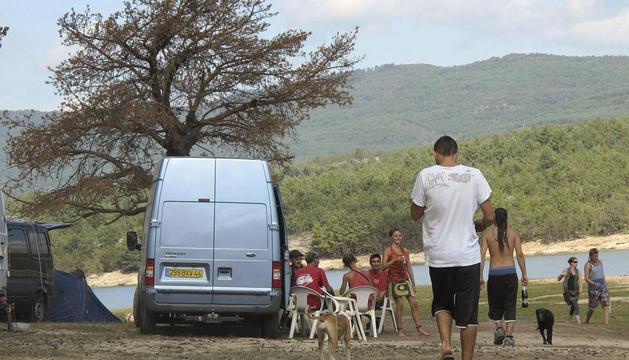 Imagen de una acampada ilegal, el verano pasado, en una localidad de Soria.