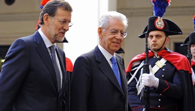 Rajoy y Monti, en febrero, en Roma
