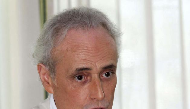 El tenor Josep Carreras, durante la rueda de prensa en la que ha presentado la regata en favor de la fundación contra la leucemia.