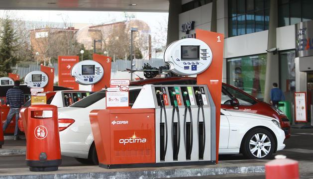 El precio del litro de gasolina ha repuntado en la primera semana de agosto un 0,77%.