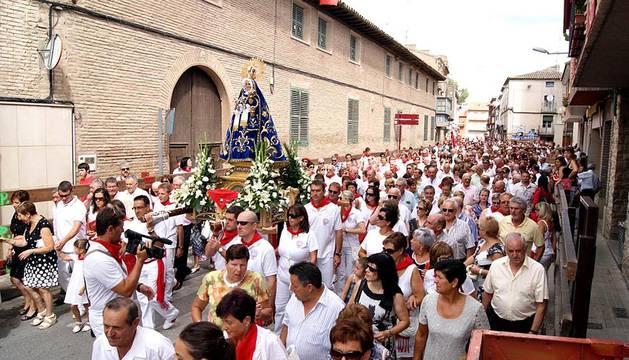 Imágenes de las fiestas patronales en las localidades navarras de Aibar, Buñuel, Burlada, Cabanillas, Falces, Lerín, Los Arcos, Murchante, Tafalla y Villatuerta.