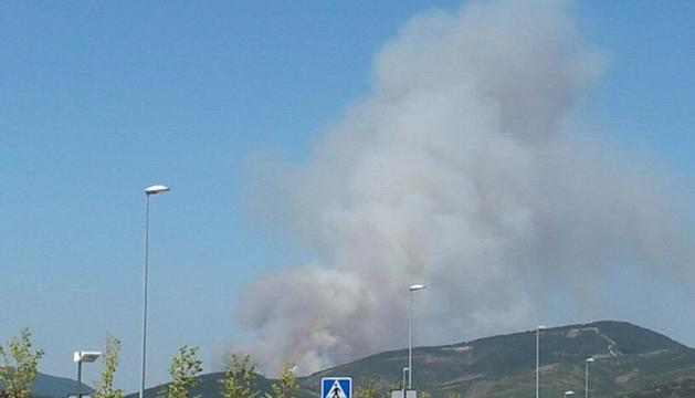 Imagen del fuego desde la Ronda de Pamplona