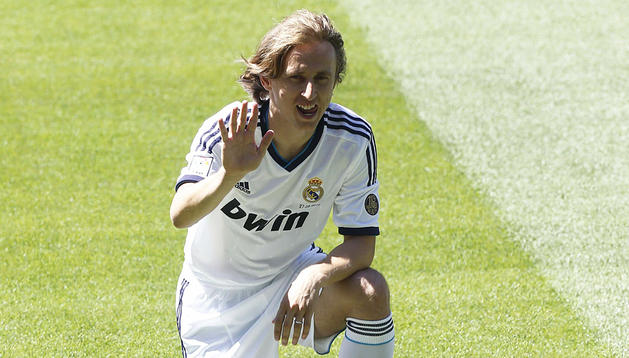 Presentación de Luka Modric, nuevo jugador del Real Madrid,en el Santiago Bernabéu.