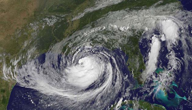 Imagen satélite del huracán Isaac frente a las costas de México.