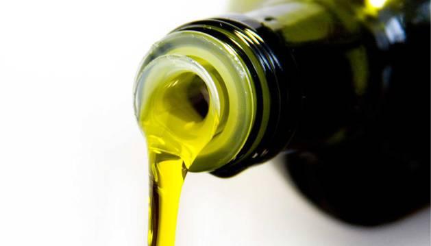Una botella de aceite