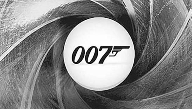 Los apellidos de James Bond Cero Cero Siete son Carrión Vargas