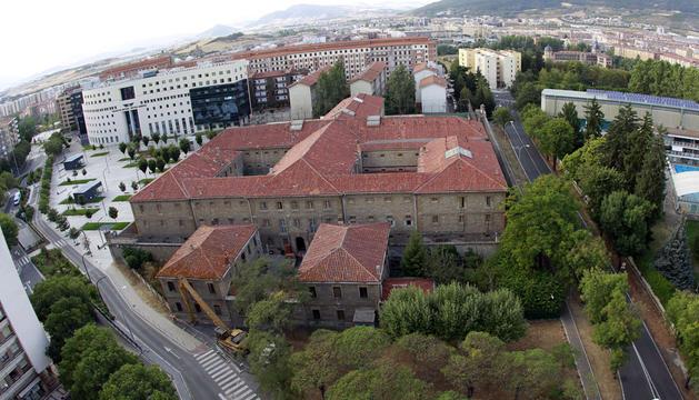Aspecto actual de la cárcel de Pamplona, construida en un solar de 9.000 metros cuadrados, en el barrio de San Juan