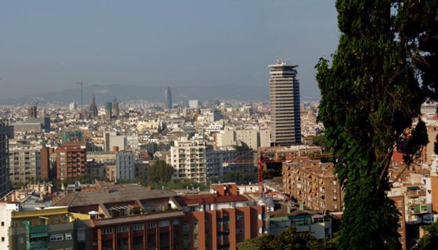 El presidente de la Generalitat de Cataluña, Artur Mas, y de la Junta de Andalucía, José Antonio Griñán, han sido los más beligerantes en advertir que no aceptarán mutilaciones en su autonomía.