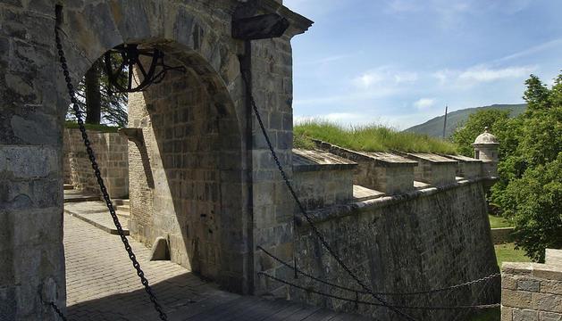 Portal de Francia.
