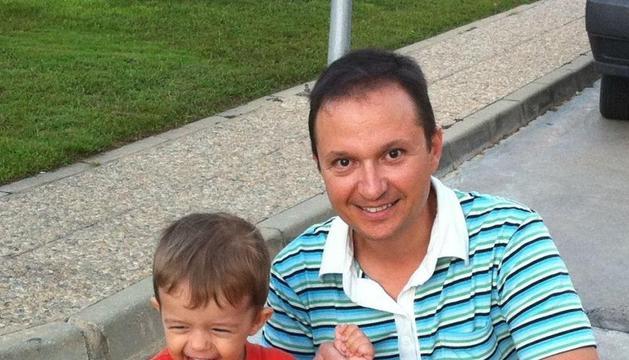 José Bretón con su hijo desaparecido
