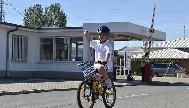 Más de 750 ciclistas han participado en una marcha de 8 kilómetros dentro de la Semana de la Movilidad