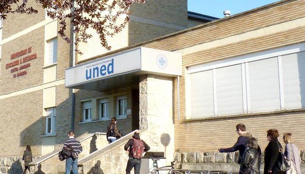 El centro de Pamplona de la UNED.