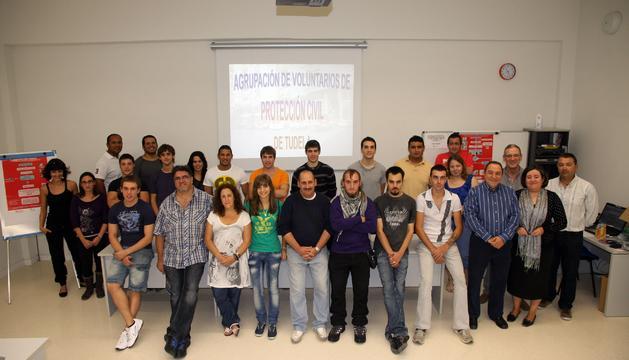 Los participantes en el curso posaron juntos este sábado coincidiendo con el primer día de clase