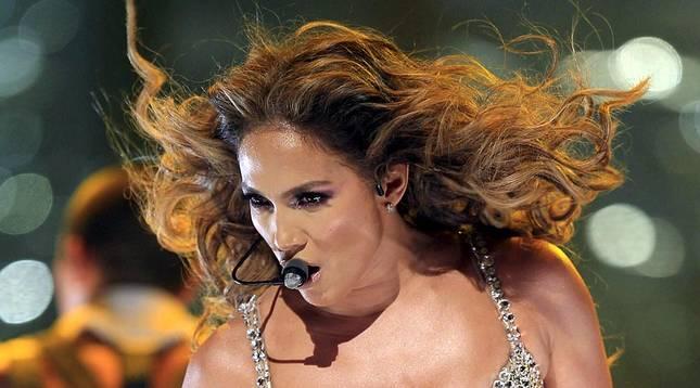 La cantante y actriz de origen puertorriqueño ofreció este domingo su primer concierto en España, en el que ofreció un espectáculo completo con sus mejores éxitos.