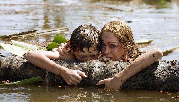 Naomi Watts, en una escena de la película 'Lo Imposible'.