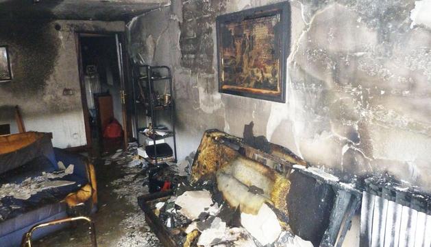 El interior de la vivienda incendiada en la Rochapea