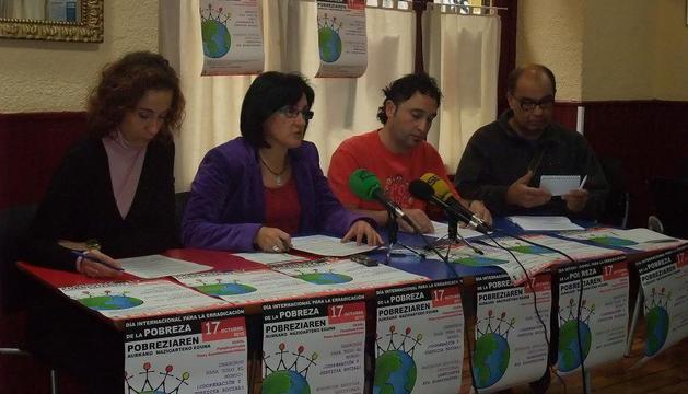 Patricia Ruiz, Teresa Burgui, Jose Luis Mariñelarena y Ubaldo González