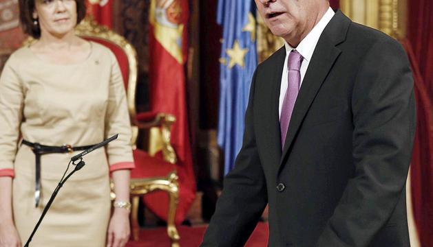 El exconsjero Pejenaute, el día que juró su cargo ante Yolanda Barcina