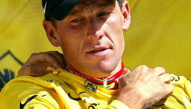 Lance Armstrong se ha quedado sin los 7 Tour de Francia que venció consecutivamente de 1999 a 2005