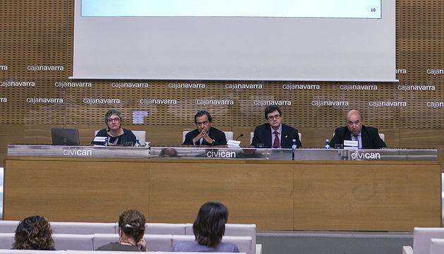 Rosa Jaso, José Antonio Asiáin, el consejero Iribas y Marino Barásoian.