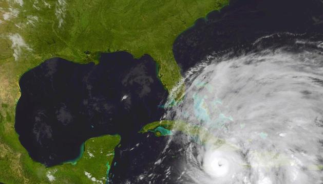 Fotografía de satélite que muestra al huracán