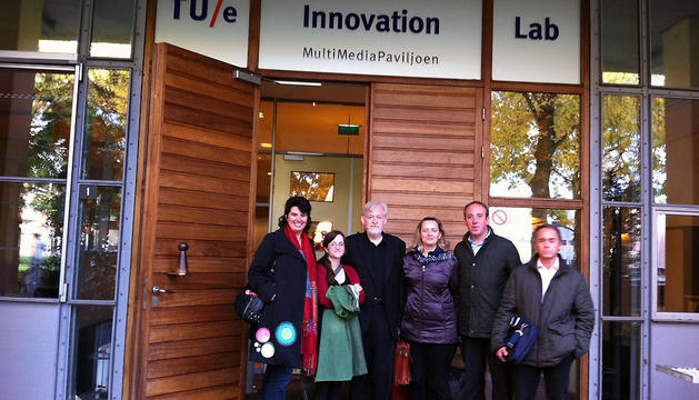 La delegación navarra, durante su visita a los centros tecnológicos de Eindhoven (Holanda).