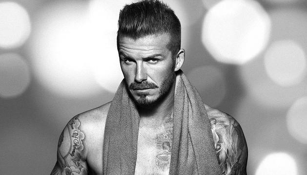 El futbolista inglés David Beckham, en su faceta de modelo, promociona por segunda vez la línea de ropa interior de H&M