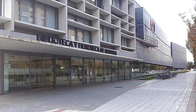 Las 93 bibliotecas públicas de Navarra han recibido más de 2,2 millones de visitantes en el último año. Sin embargo,  la compra de fondos para la red sólo contará con 50.000 euros para 2013.