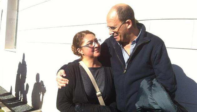 María Cumbicus recibe ánimos tras conocer la decisión