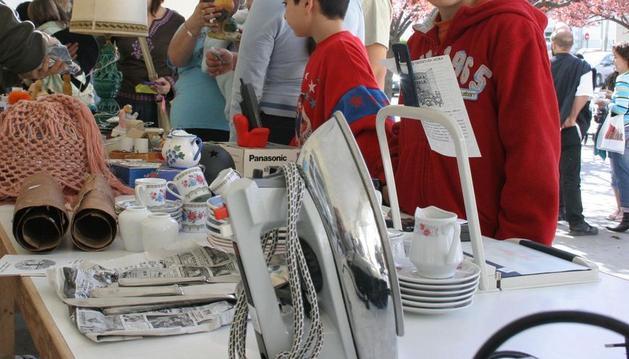 Este fin de semana Huarte acoge un mercado de objetos de segunda mano