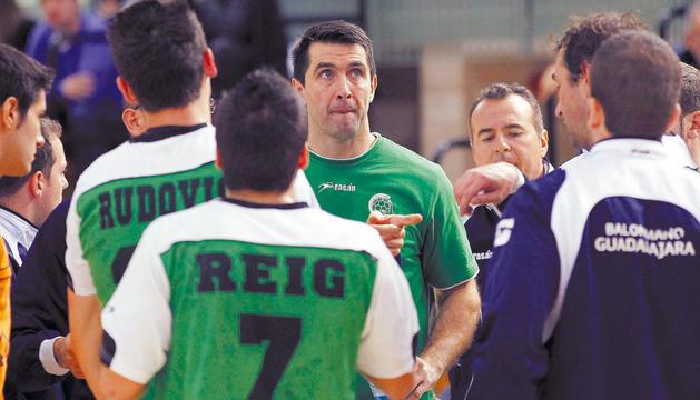 Garralda, actual técnico del Quabit, jugó hasta la pasada campaña.