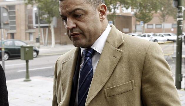 El empresario Miguel Ángel Flores, gerente de la empresa Diviertt, a su llegada a los juzgados de la Plaza de Castilla de Madrid.
