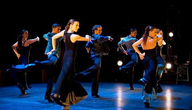 La agrupación Choni Cía. Flamenca visitará el Centro Cultural de Noáin con su espectáculo 'La Gloria de mi mare'.