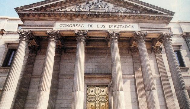 Fachada del edificio del Congreso de los Diputados.