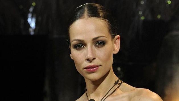 Eva González presentará junto a Juan Y Medio la gala de Nochevieja de TVE