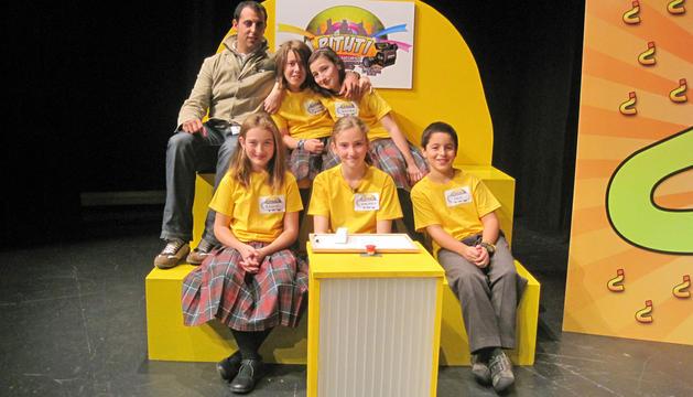 Equipo del Colegio Jesuitinas de Pamplona en el concurso Pituti