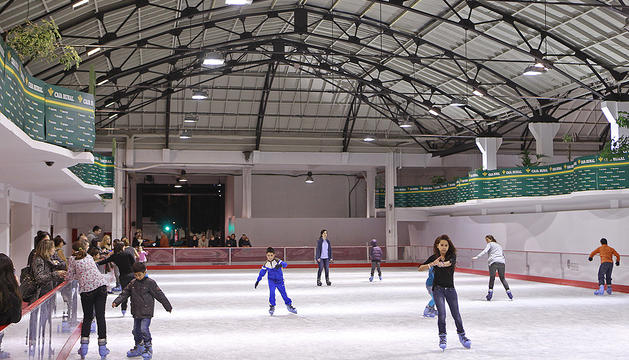 La pista de hielo que se instaló en la antigua Estación de Autobuses el año pasado