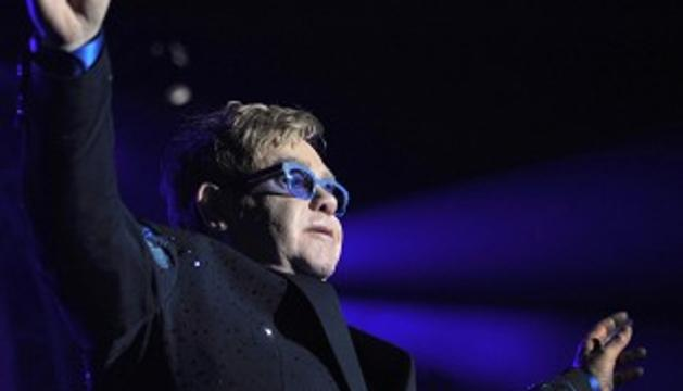 Sir Elton John caused a stir at his concert in China