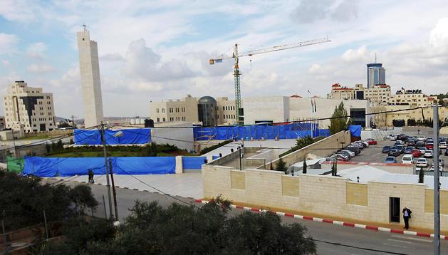 Vista del mausoleo del histórico dirigente palestino Yaser Arafat en la ciudad cisjordana de Ramala