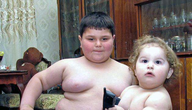 En comunidades como Andalucía y Canarias uno de cada dos menores presenta problemas de sobrepeso u obesidad.