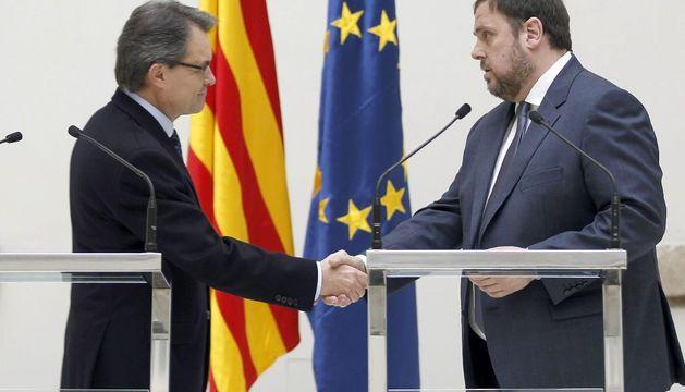 Artur Mas y Oriol Junqueras durante el acto en el Parlament