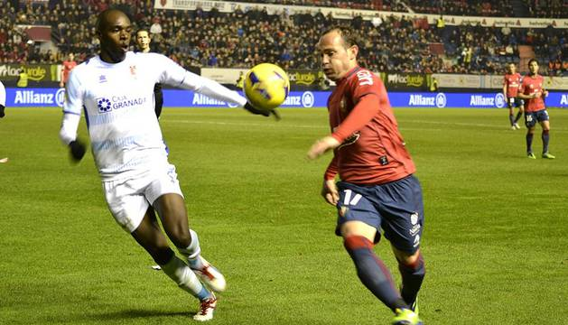 Osasuna perdió por 1-2 ante el Granada en su último partido del año 2012.