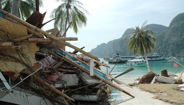 Imagen de los daños causados por el tsunami hace ocho años