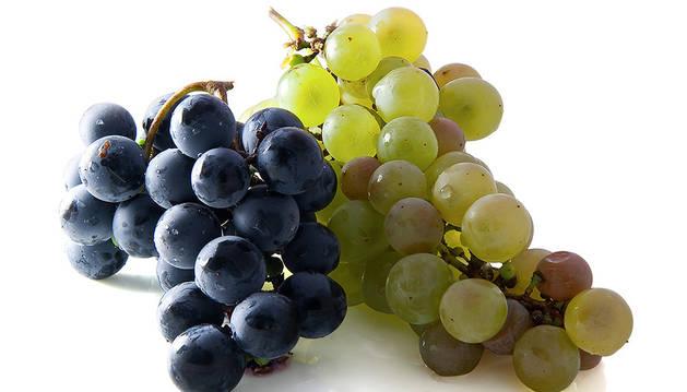 Las 12 uvas en Nochevieja son una tradición española arraigada en Latinoamérica.