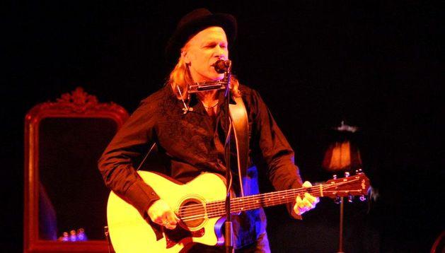 Elliot Murphy durante un concierto en Tulebras