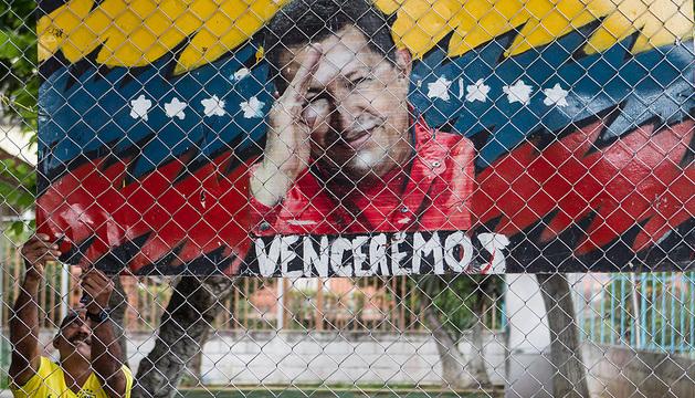 Venezuela se mantiene a la espera de nuevas noticias sobre la salud Chávez quien se encuentra en Cuba, donde hace poco más de 20 días fue sometido a una