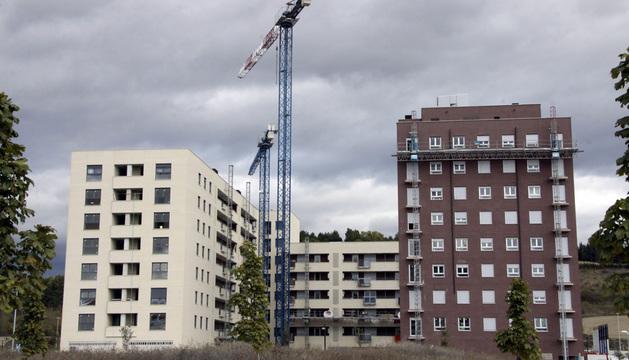 Viviendas en construcción en la zona de Lezkairu, en Pamplona